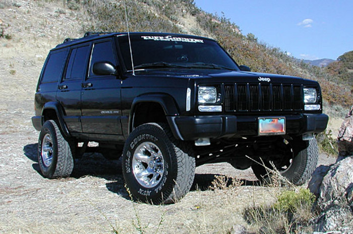 Tuff Country 43800 Jeep Cherokee Lift Kit Image 4